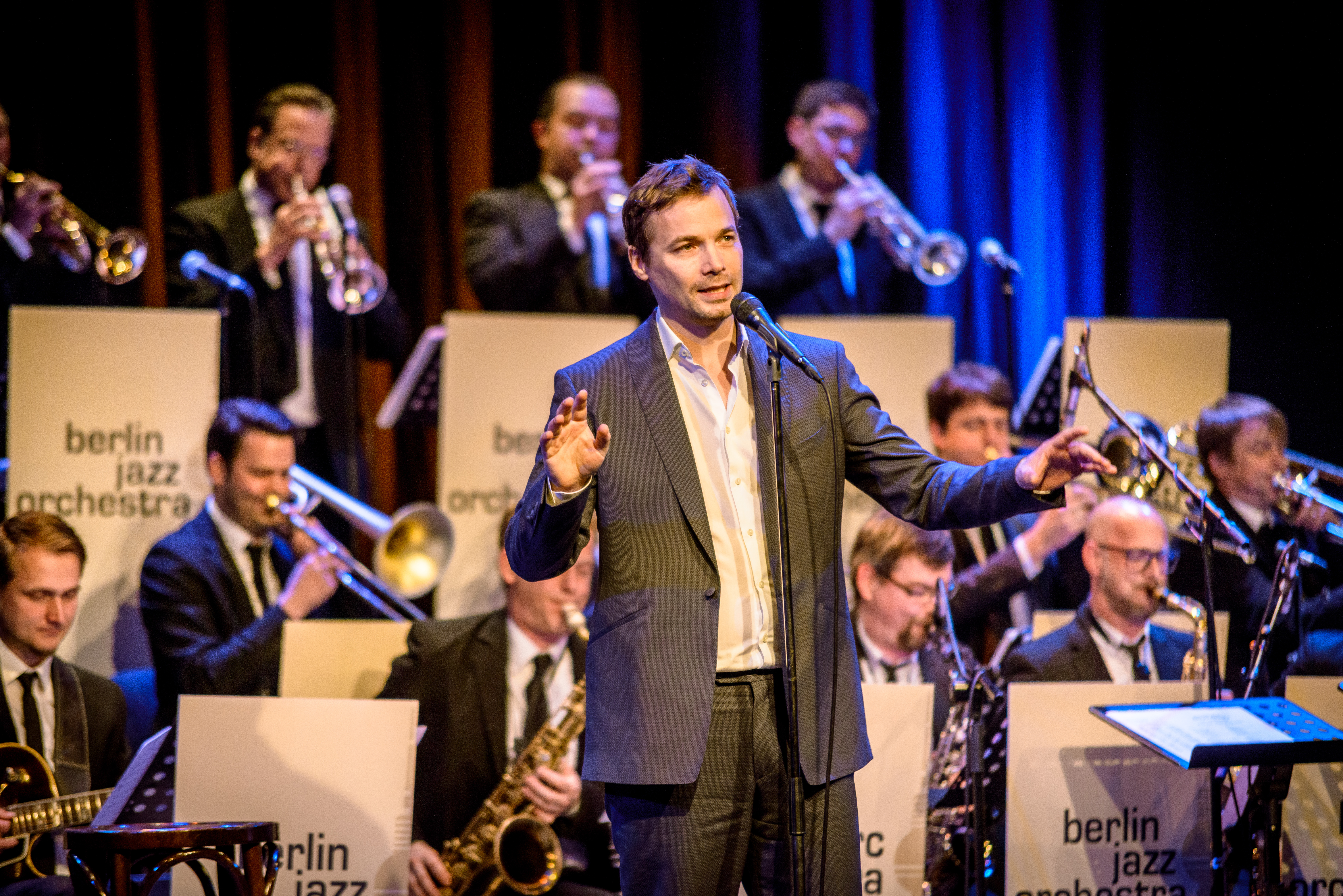 Marc Secara & Orchester