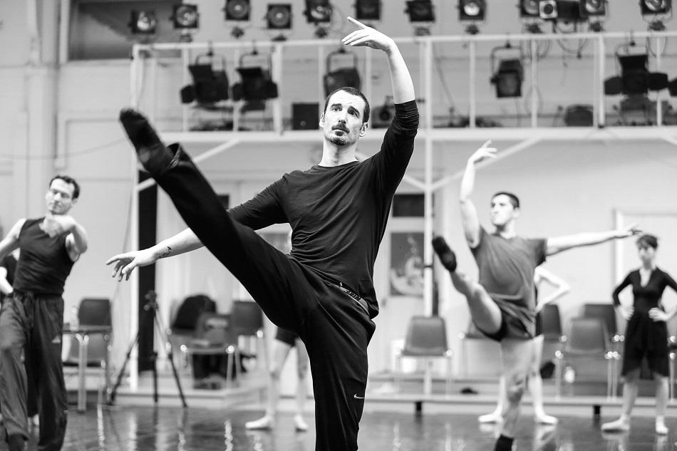 Tanztraining der Tanzkompanie Neustrelitz