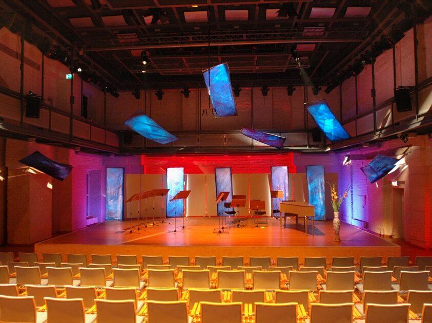 Bühnenaufbau im Schlosstheater